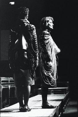 'Stof tot bewegen' jan.'85 dance performance, Turnhout, Belgium
